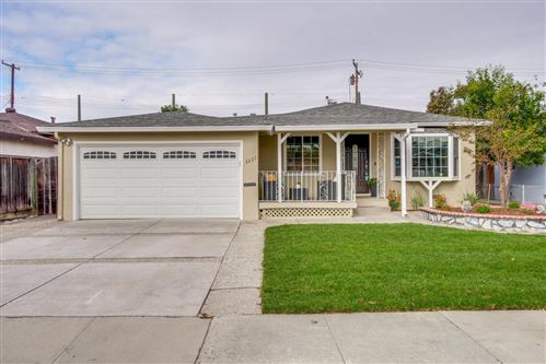 Photo of 3227 San Juan AVE, SANTA CLARA, CA 95051 (MLS # ML81820683)
