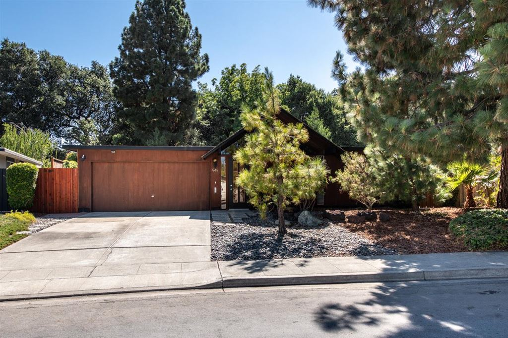 Photo for 949 Eichler DR, MOUNTAIN VIEW, CA 94040 (MLS # ML81764683)