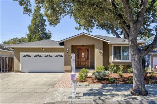 Photo of 1651 Longspur AVE, SUNNYVALE, CA 94087 (MLS # ML81812685)