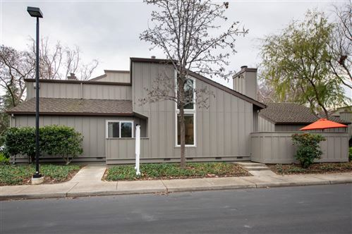 Photo of 200 Willow Hill CT, LOS GATOS, CA 95032 (MLS # ML81779687)