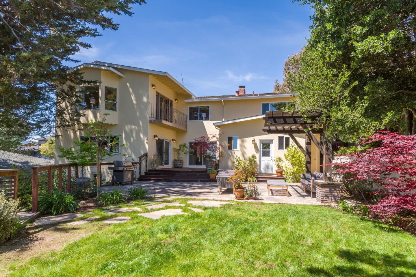 Photo for 565 SOUTH Road, BELMONT, CA 94002 (MLS # ML81841687)