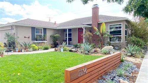 Photo of 2296 Walnut Grove AVE, SAN JOSE, CA 95128 (MLS # ML81811689)
