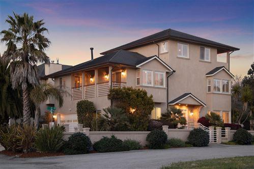 Photo of 160 Cortez Avenue, HALF MOON BAY, CA 94019 (MLS # ML81841690)