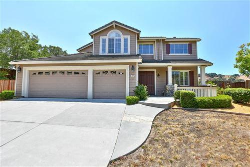 Photo of 7064 Heartland Way, SAN JOSE, CA 95135 (MLS # ML81853691)
