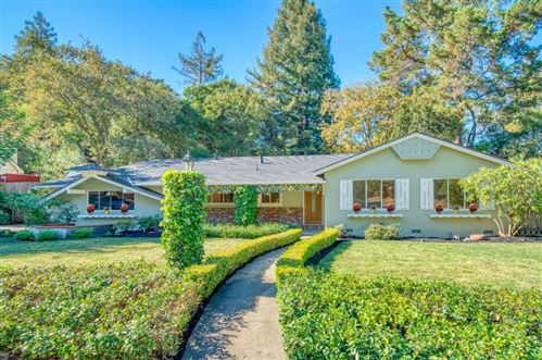 Photo of 291 Erica WAY, PORTOLA VALLEY, CA 94028 (MLS # ML81820693)
