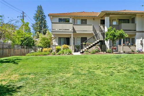 Photo of 295 Kenbrook Circle, SAN JOSE, CA 95111 (MLS # ML81842693)