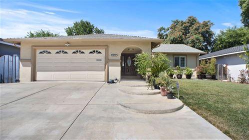 Photo of 2671 Sugarplum Drive, SAN JOSE, CA 95148 (MLS # ML81855693)