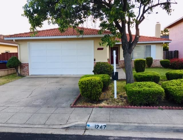 Photo for 1247 Stardust WAY, MILPITAS, CA 95035 (MLS # ML81752694)