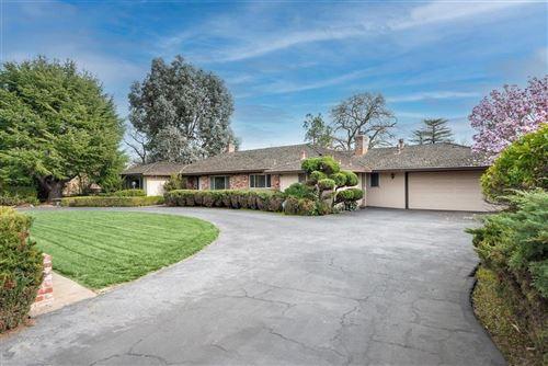 Photo of 190 West San Martin Avenue, SAN MARTIN, CA 95046 (MLS # ML81820695)
