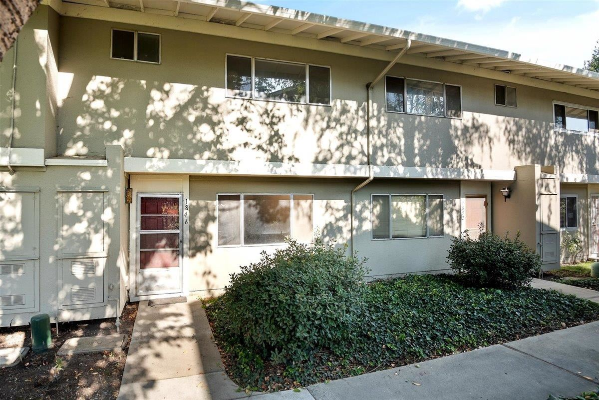 Photo for 1846 Strawberry LN, MILPITAS, CA 95035 (MLS # ML81819695)