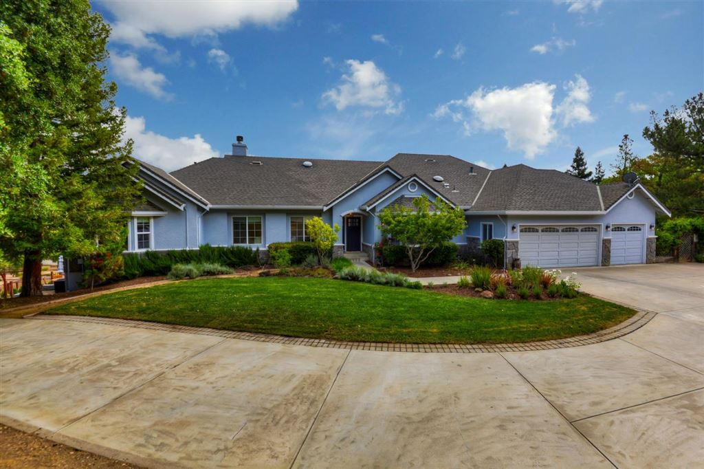 Photo for 16240 Paradise Valley CT, MORGAN HILL, CA 95037 (MLS # ML81751697)