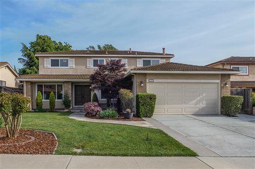 Photo of 3320 Arqueado Drive, SAN JOSE, CA 95148 (MLS # ML81835702)