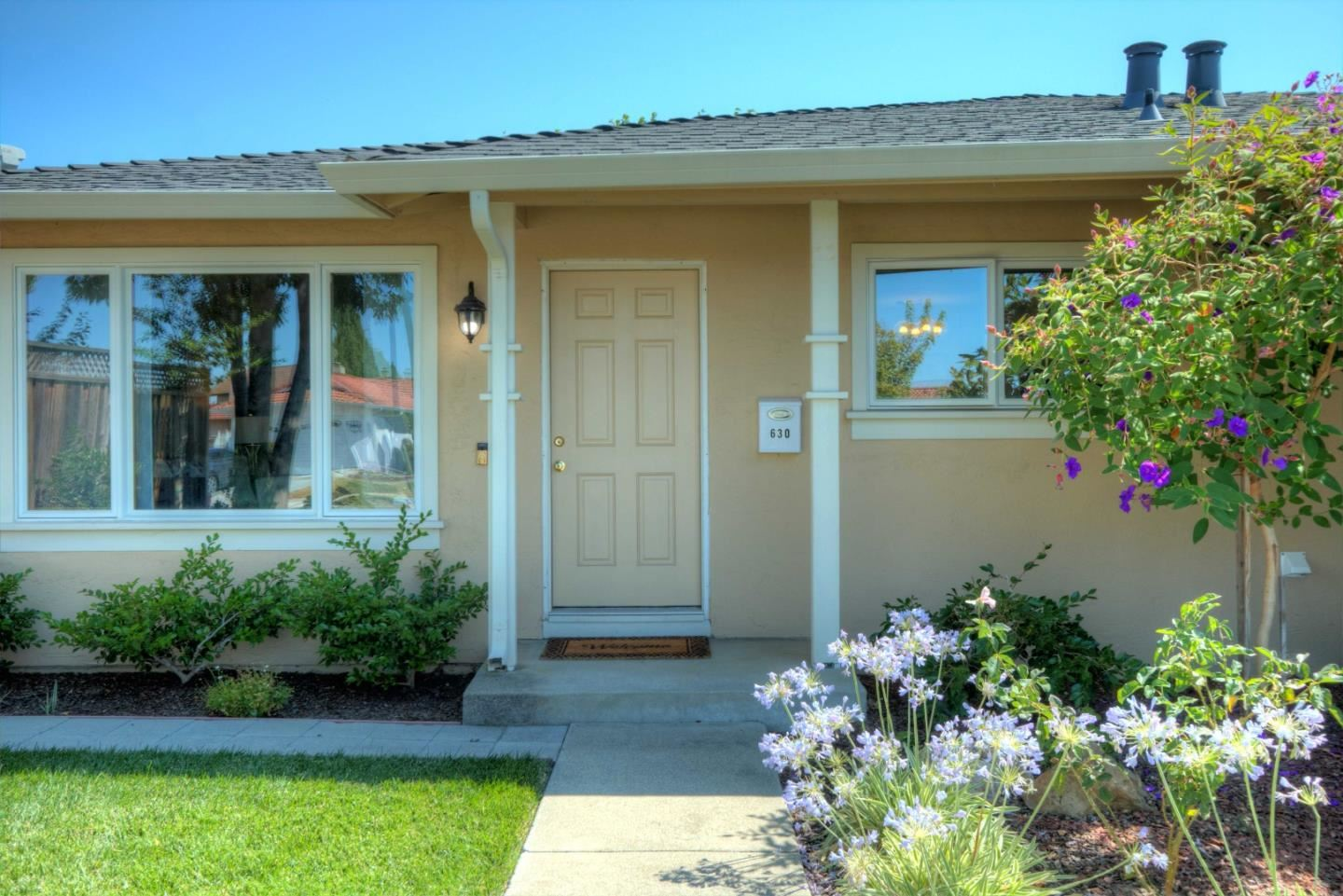 Photo for 630 Rough And Ready Road, SAN JOSE, CA 95133 (MLS # ML81854705)