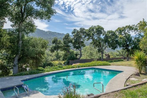 Photo of 332 W Carmel Valley RD, CARMEL VALLEY, CA 93924 (MLS # ML81761707)