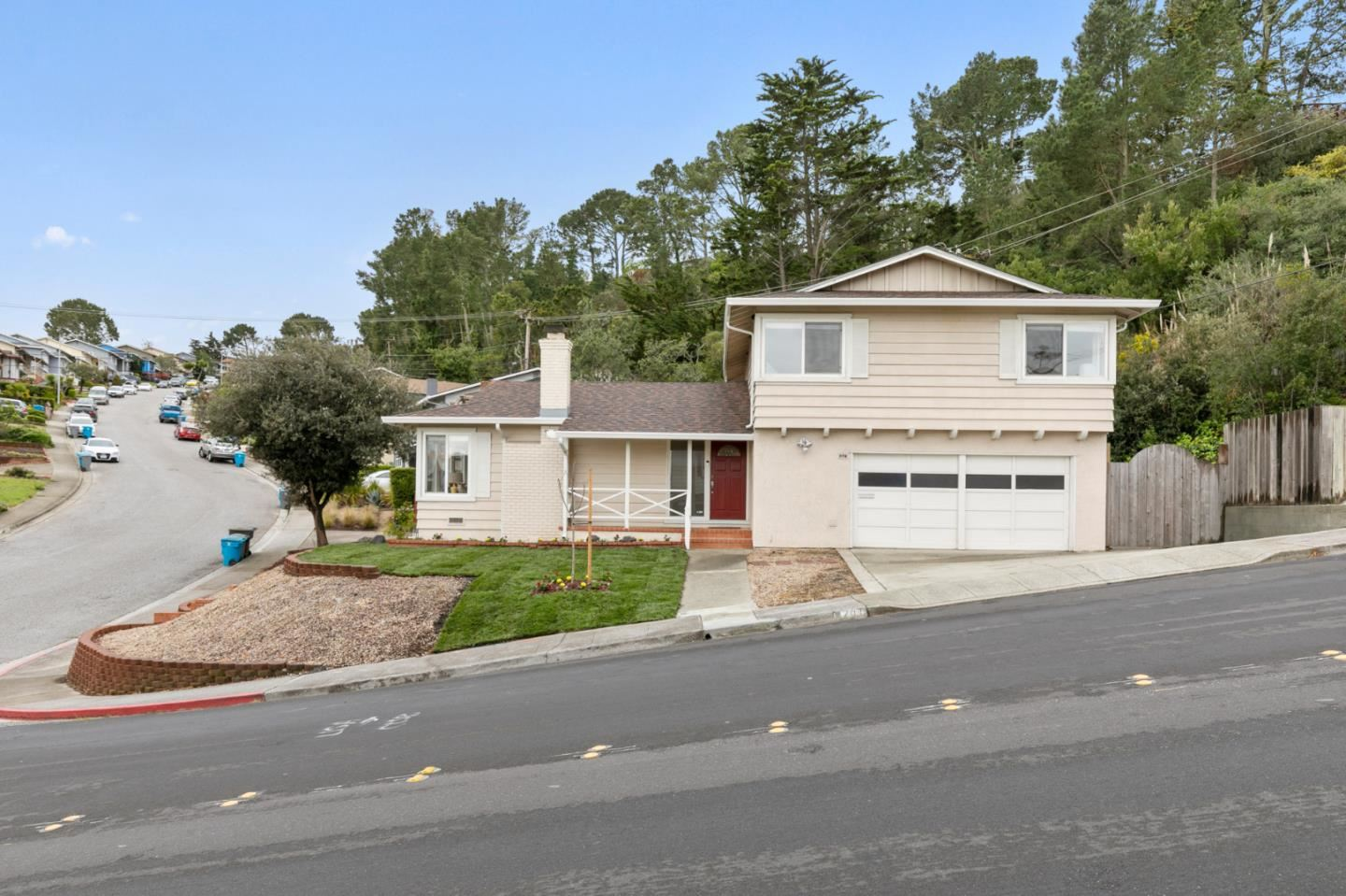 Photo for 201 Amador AVE, SAN BRUNO, CA 94066 (MLS # ML81787707)
