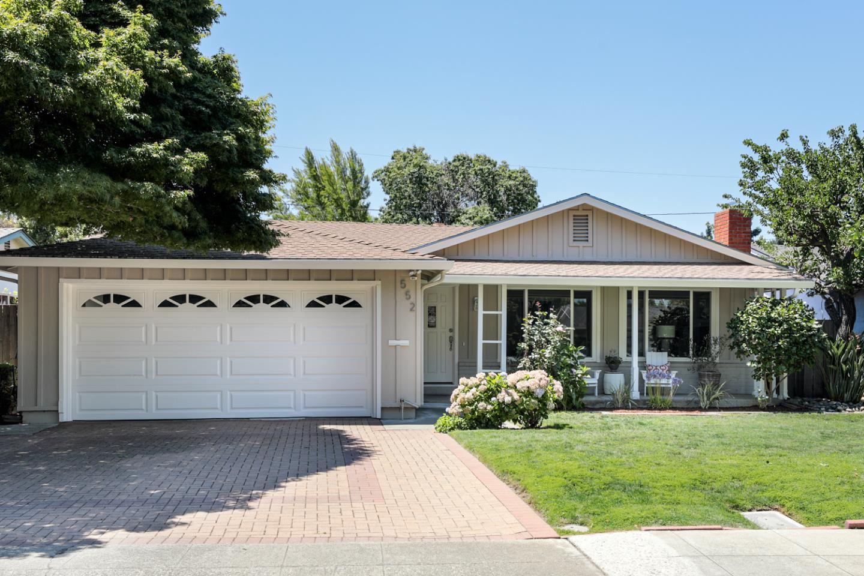 Photo for 552 Leona Lane, MOUNTAIN VIEW, CA 94040 (MLS # ML81853708)