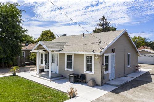 Photo of 13235 Llagas AVE, SAN MARTIN, CA 95046 (MLS # ML81806710)