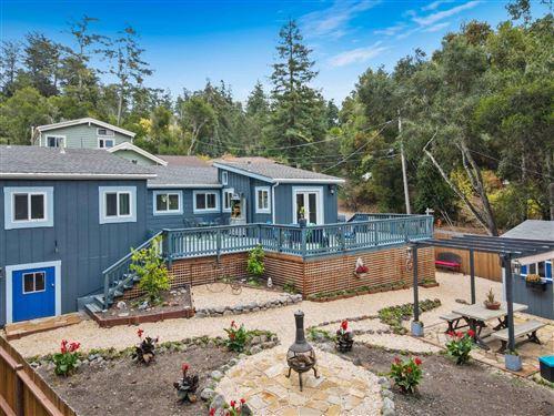 Photo of 40 Escondido Place, LA HONDA, CA 94020 (MLS # ML81867712)