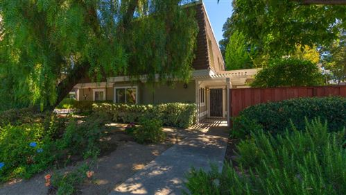 Photo of 1467 Kentfield AVE, REDWOOD CITY, CA 94061 (MLS # ML81797715)