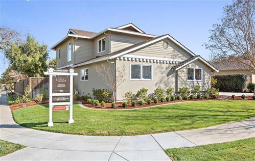 Photo of 5460 Blossom Tree LN, SAN JOSE, CA 95124 (MLS # ML81830716)