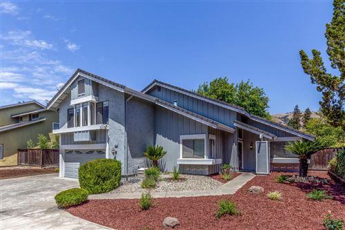 Photo of 3368 Fabled Oak Court, SAN JOSE, CA 95148 (MLS # ML81852717)