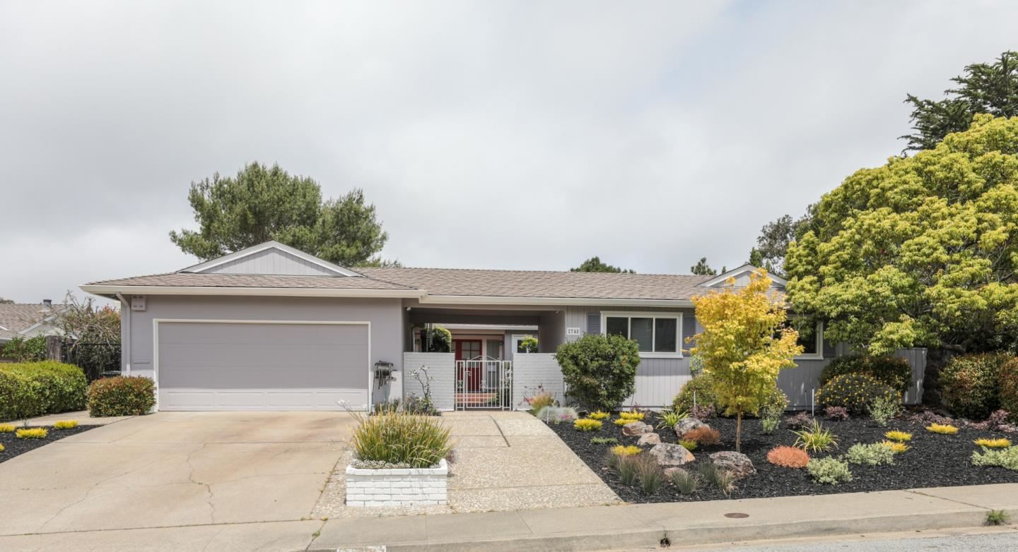 Photo for 2748 Comstock CIR, BELMONT, CA 94002 (MLS # ML81820719)