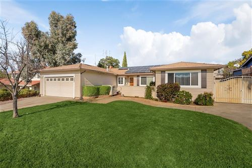 Photo of 3681 Slopeview DR, SAN JOSE, CA 95148 (MLS # ML81826720)