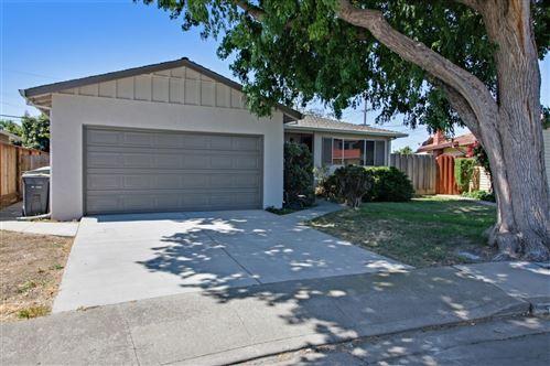 Photo of 562 Willow Avenue, MILPITAS, CA 95035 (MLS # ML81852720)