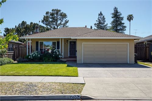 Photo of 2552 Hampton Avenue, REDWOOD CITY, CA 94061 (MLS # ML81843722)
