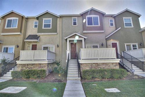 Photo of 2725 Lavender TER, SAN JOSE, CA 95111 (MLS # ML81832723)