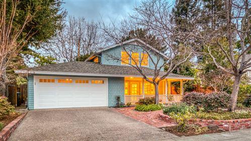 Photo of 1539 Walnut DR, PALO ALTO, CA 94303 (MLS # ML81825724)