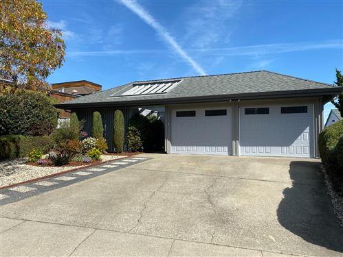 Photo of 916 Evergreen WAY, MILLBRAE, CA 94030 (MLS # ML81832725)