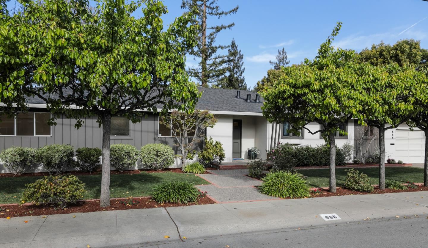 Photo for 686 Maybell AVE, PALO ALTO, CA 94306 (MLS # ML81835726)