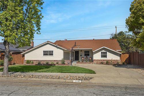 Photo of 3130 Woodmont Drive, SAN JOSE, CA 95118 (MLS # ML81841727)