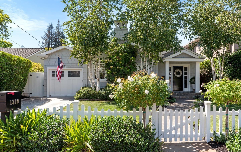 Photo for 1319 American WAY, MENLO PARK, CA 94025 (MLS # ML81812727)