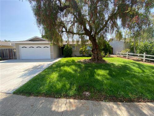 Photo of 1706 Canna LN, SAN JOSE, CA 95124 (MLS # ML81811731)