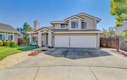 Photo of 1126 Thorntree PL, SAN JOSE, CA 95120 (MLS # ML81831732)