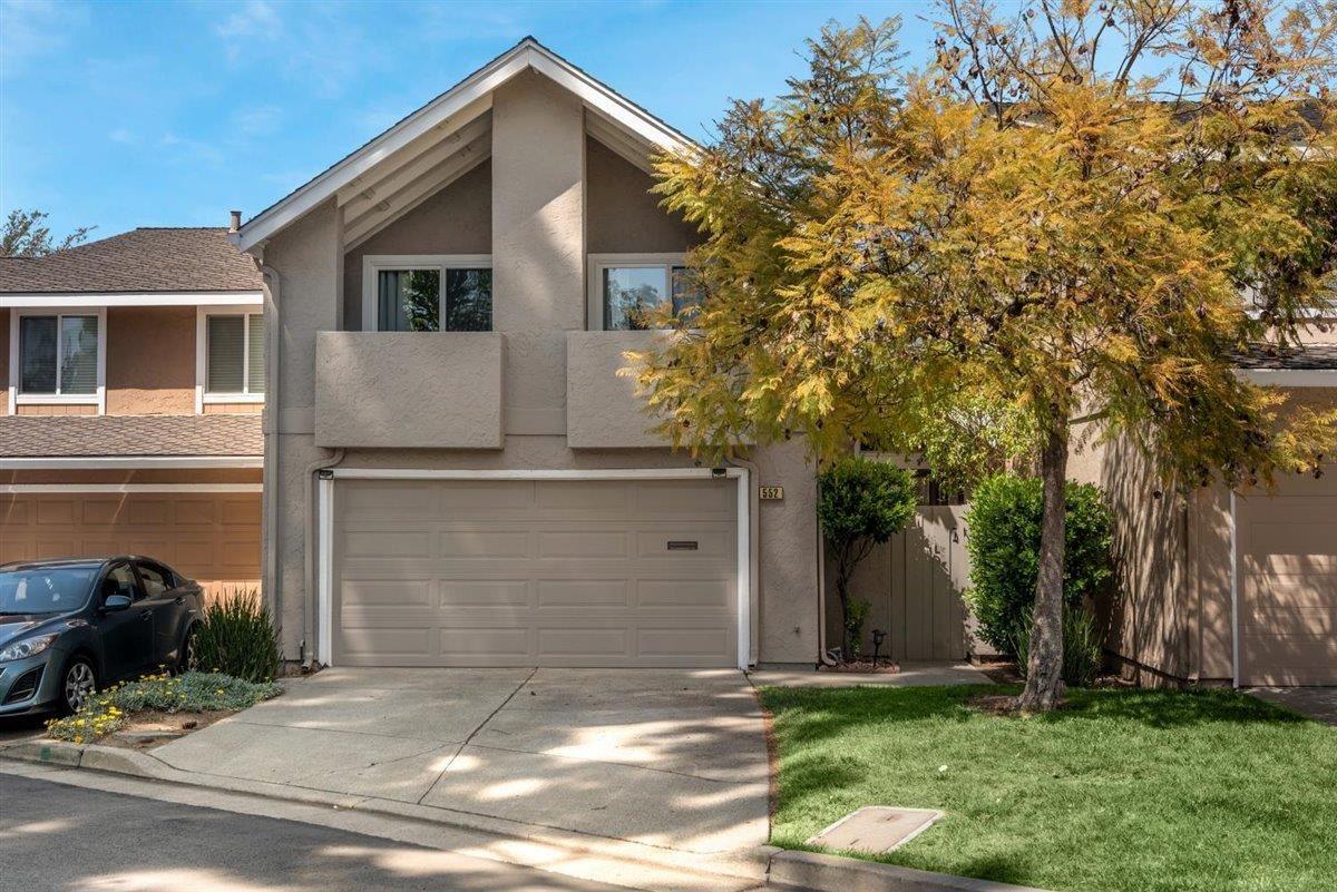Photo for 552 Pine Wood Lane, LOS GATOS, CA 95032 (MLS # ML81838733)