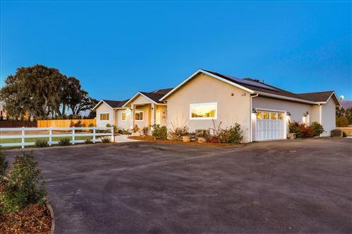 Photo of 485 Bonino LN, SAN MARTIN, CA 95046 (MLS # ML81819738)