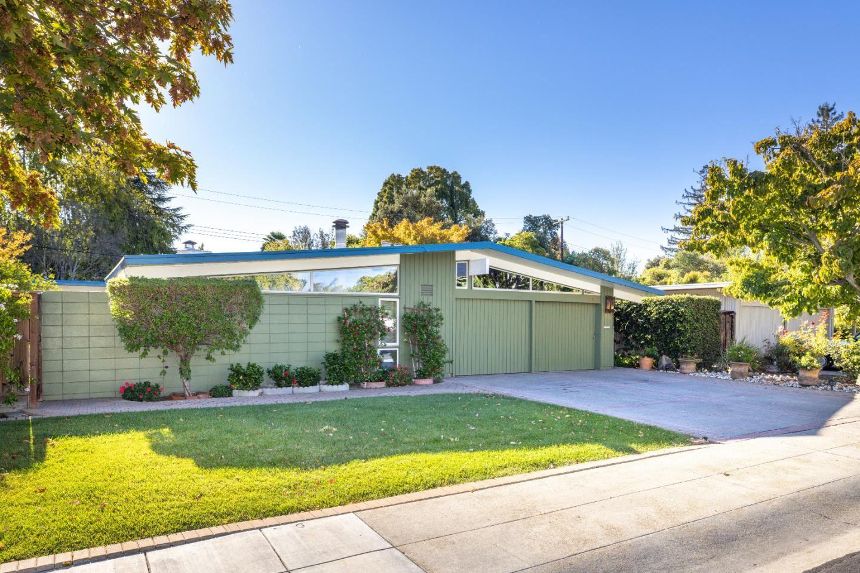 Photo for 346 Tioga Court, PALO ALTO, CA 94306 (MLS # ML81866738)