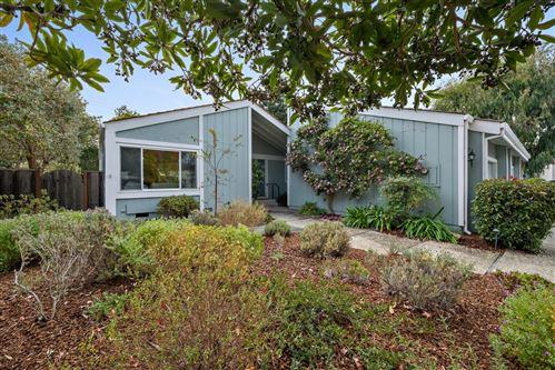 Photo of 813 Runningwood Circle, MOUNTAIN VIEW, CA 94040 (MLS # ML81866741)