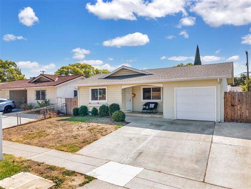 Photo of 3133 Lone Bluff Way, SAN JOSE, CA 95111 (MLS # ML81863742)