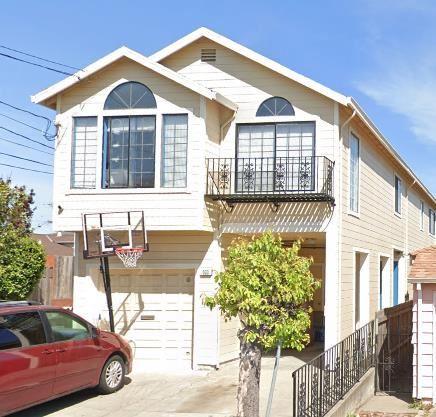 Photo of 403 W Orange AVE, SOUTH SAN FRANCISCO, CA 94080 (MLS # ML81817744)