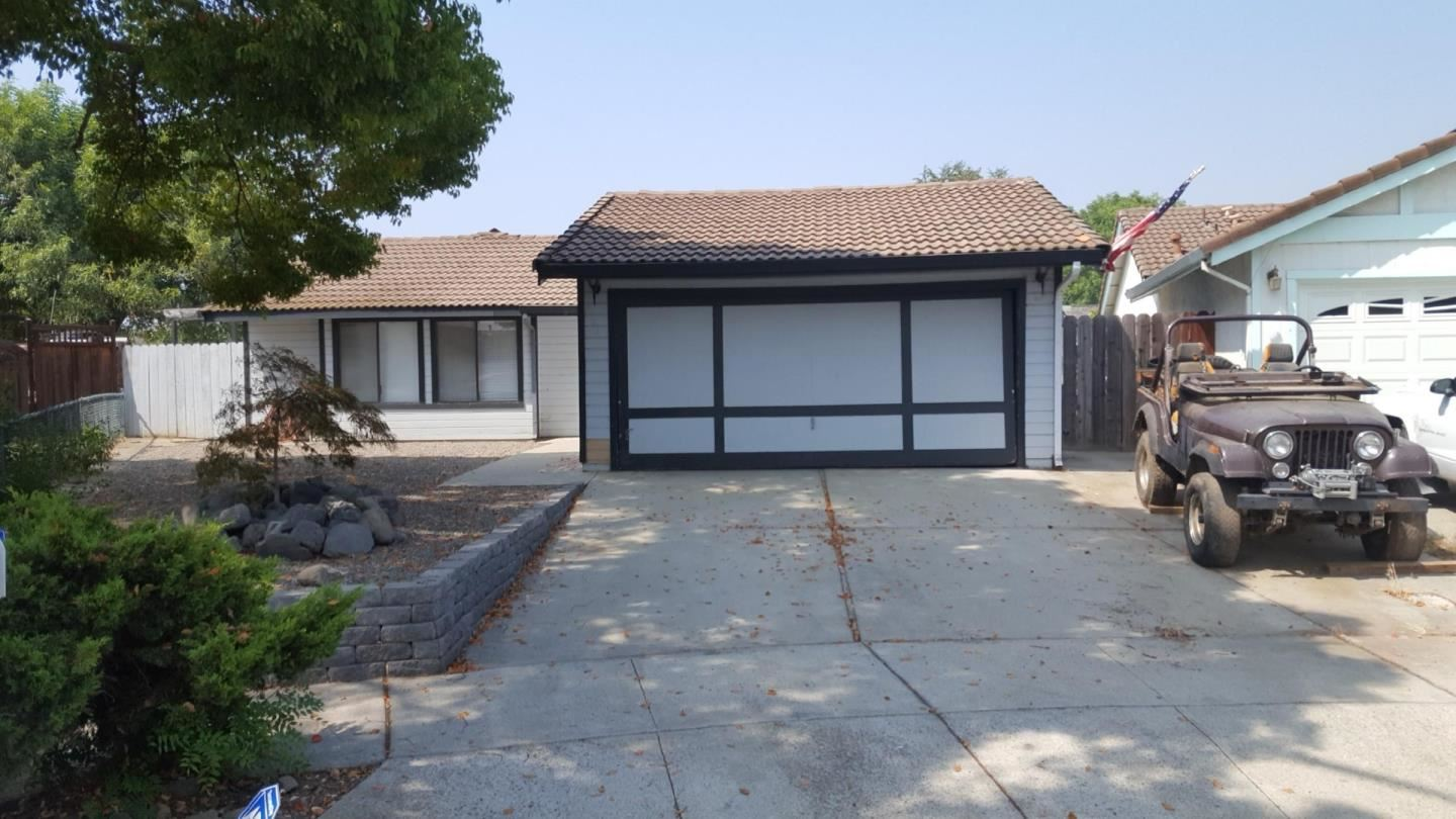 Photo for 8969 Weaver CT, GILROY, CA 95020 (MLS # ML81808745)