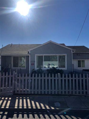 Photo of 25329 Del Mar AVE, HAYWARD, CA 94542 (MLS # ML81830746)