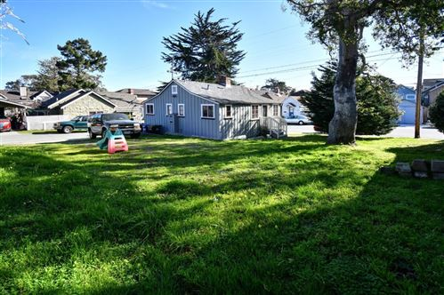 Photo of 218 Park ST, PACIFIC GROVE, CA 93950 (MLS # ML81783747)