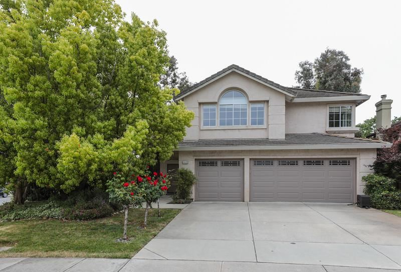 Photo for 15125 Monticello WAY, MORGAN HILL, CA 95037 (MLS # ML81750747)