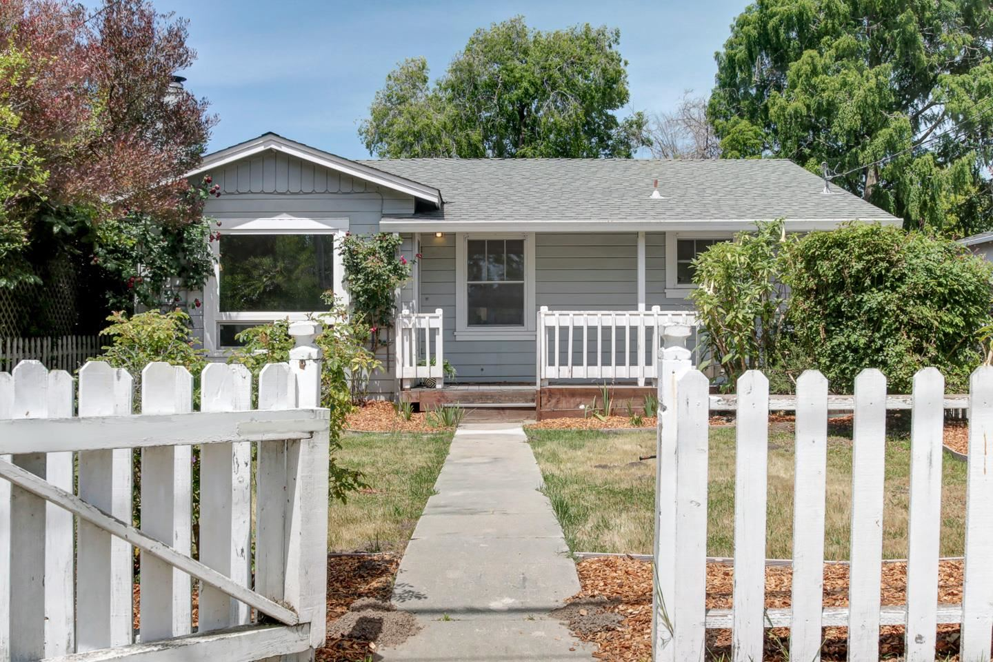 Photo for 1023 N Branciforte AVE, SANTA CRUZ, CA 95062 (MLS # ML81793752)