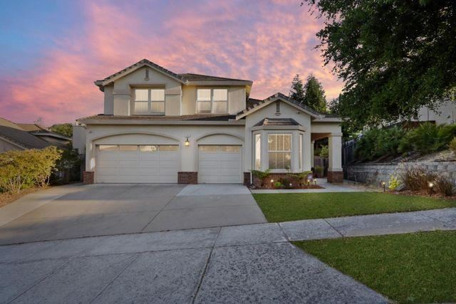 Photo for 1752 Carriage DR, GILROY, CA 95020 (MLS # ML81808753)