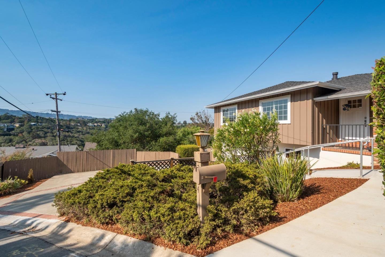 Photo for 2504 Monserat Avenue, BELMONT, CA 94002 (MLS # ML81863753)